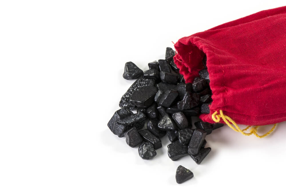Senate Banking Committee Chairman Gives Cannabis Industry Coal for Christmas